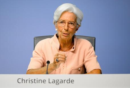 Lagarde, la risposta dell'Ue alla pandemia è stata impressionante thumbnail
