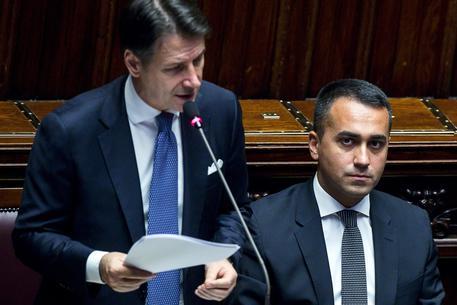 Il premier Giuseppe Conte e il ministro degli Esteri Luigi Di Maio (Foto Ansa) © ANSA