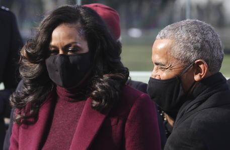 Floyd: esultano gli Obama, 'lotta per giustizia vada avanti' thumbnail