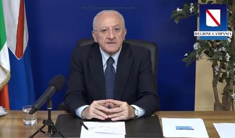 Covid: De Luca, zona gialla non è 'liberi tutti' - Campania - ANSA.it