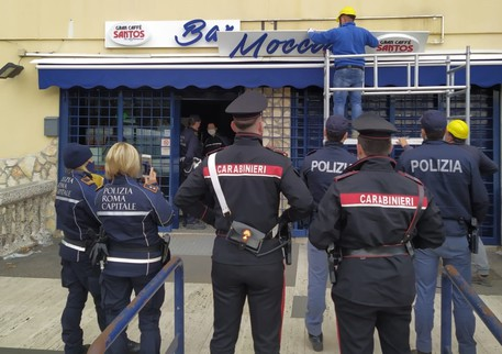 Sgombero bar Moccia a Roma, locale riconsegnato ad Ater - Lazio