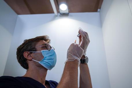 Vaccino:Lazio, 1/3 vaccinazioni in più nell