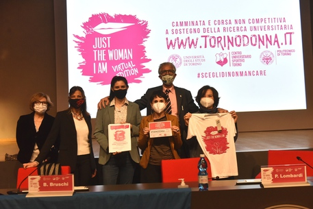 Covid: Just The Woman I Am, Torino corre online © Ansa