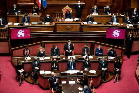Il governo in Aula al Senato © EPA