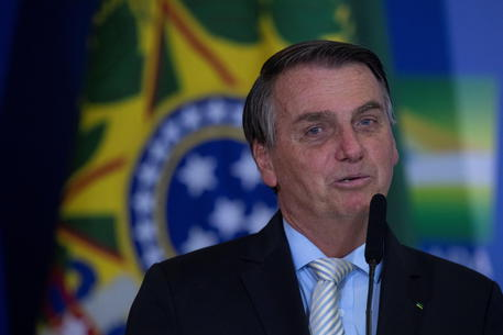 Bolsonaro renews Government and enacts law that gives autonomy to the Central Bank © EPA