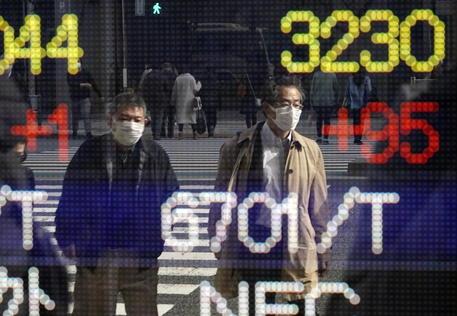 Borsa: a Tokyo apertura in rialzo (+0,82%) thumbnail