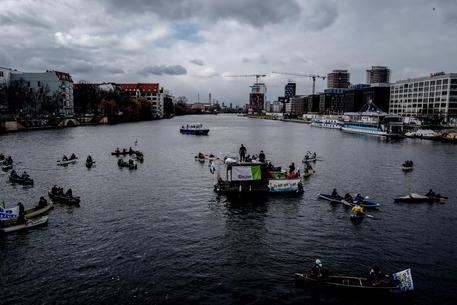 Germania: alta Corte, legge su protezione clima non basta thumbnail