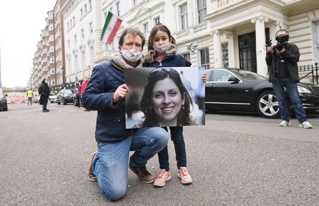 Iran:Johnson critica condanna Zaghari-Ratcliffe, l'aiuteremo thumbnail