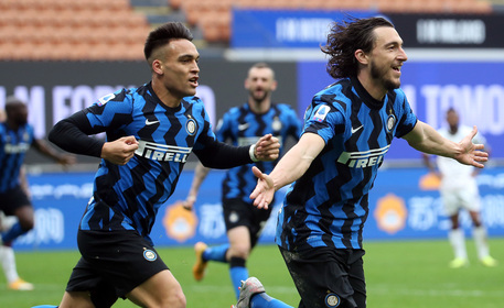 Serie A: l'Inter vince a Verona, pari Juve a Firenze thumbnail