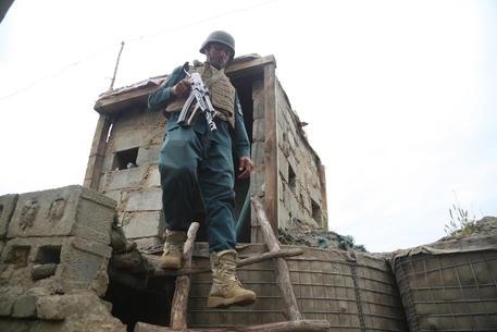 Conferenza pace Afghanistan posticipata a metà maggio thumbnail