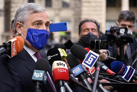 Comunali: Tajani, a Roma vinceremo con Bertolaso thumbnail