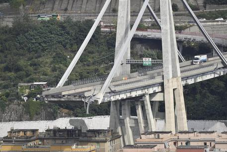 Ponte Genova, pm: 'Mai eseguiti lavori in 51 anni su pila 9' thumbnail