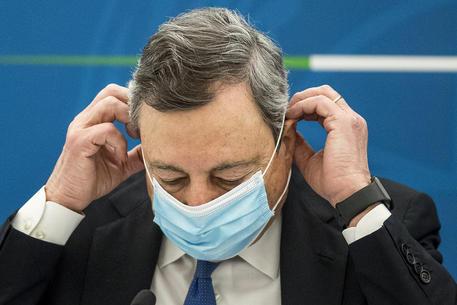 Draghi, lavorare per futuro, non sappiamo quanto dura Covid thumbnail