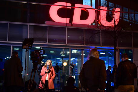 Germania, presidio Cdu appoggia Laschet per cancelleria thumbnail