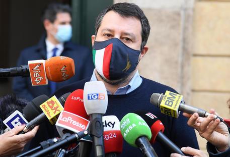 Lega: confronto Salvini-ambasciatore Pakistan in Italia thumbnail