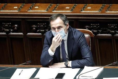 Covid: Boccia,non voglio rischio sia preso su pelle italiani thumbnail