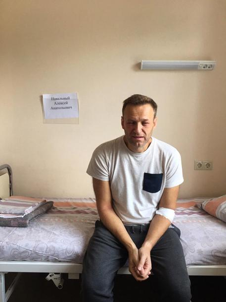 Navalny: respinti ancora i suoi medici alla colonia penale thumbnail
