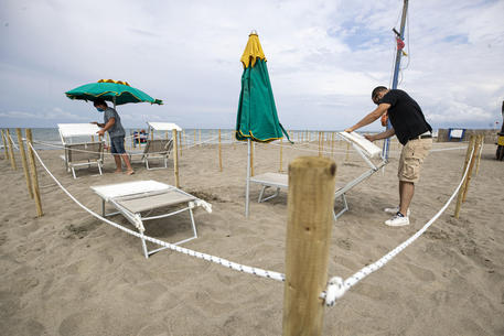 Estate, si andrà in spiaggia con le 'regole' 2020 thumbnail