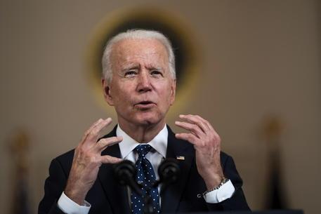 Clima: Biden raddoppia l'obiettivo Usa sulle emissioni thumbnail