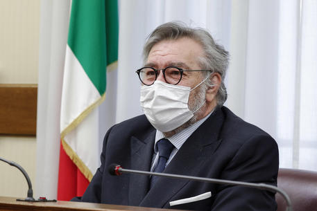 Salvini, dopo dimissioni Volpi e Arrigoni aspettiamo gli altri.. thumbnail