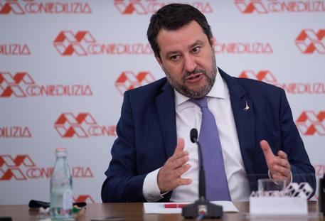 Lega: Salvini riunisce segreteria del partito thumbnail