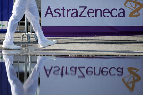 Fonti, ok Paesi Ue all'azione legale contro AstraZeneca thumbnail