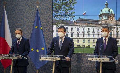 La Repubblica Ceca espelle altri diplomatici russi thumbnail