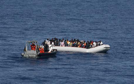 ++ Sos Mediterranee, oltre 100 migranti morti al largo Libia ++ thumbnail