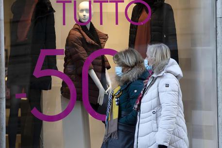 Nel 2020 consumi italiani crollano sotto media Ue thumbnail