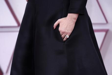 Oscar: Pausini, ho portato una bacchetta magica portafortuna thumbnail