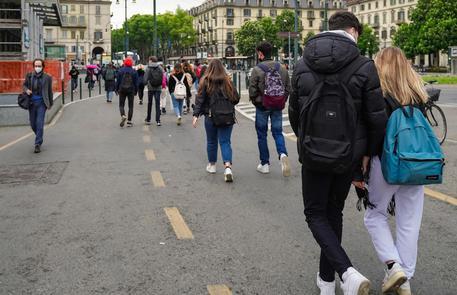 Scuola: da oggi almeno 7,7 milioni di alunni in classe, il 90% thumbnail