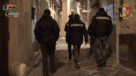 Mafia: estorsioni e droga, 99 arresti a Bari thumbnail