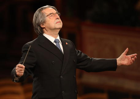 Scala: riapertura l'11 maggio con concerto Muti thumbnail