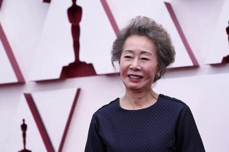Oscar: Miglior attrice non protagonista Yuh-Jung Youn thumbnail