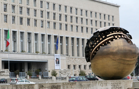 Espulso addetto Ambasciata Mosca.Farnesina, scelta infondata thumbnail