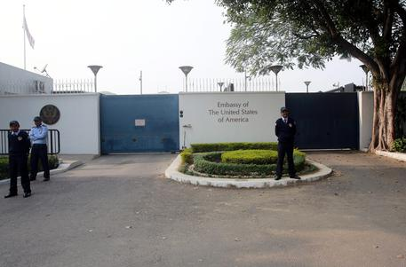 Covid: India,2 morti e 100 positivi in staff diplomatici Usa thumbnail