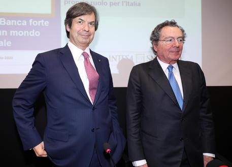 Intesa: Messina,500 mld crediti, vicini a famiglie e imprese thumbnail