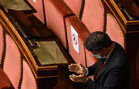 Terrorismo:Renzi, grazie Macron, pagina nuova collaborazione thumbnail