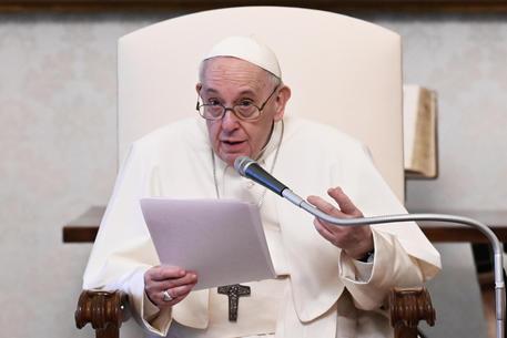 1 maggio: Papa, nessun giovane,persona,famiglia senza lavoro thumbnail