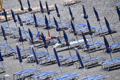 Decreto proroghe, ok dal CdM. Non c'è la norma sulle concessioni per le spiagge thumbnail