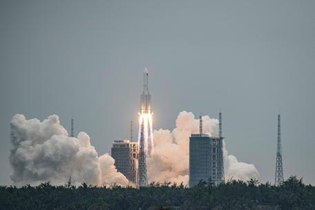 Spazio: Cina lancia primo modulo sua stazione orbitante thumbnail