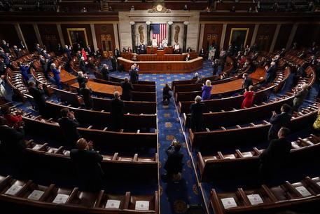 Usa: ok Camera a commissione indagine assalto Congresso thumbnail
