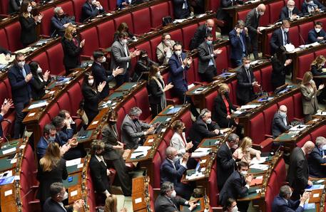 Elezioni: Camera, ok definitivo a decreto sul rinvio thumbnail