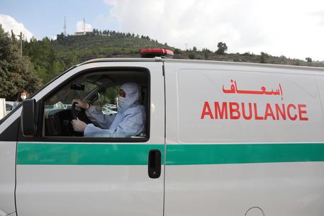 Israele, crolla tribuna a raduno religioso: decine di feriti thumbnail