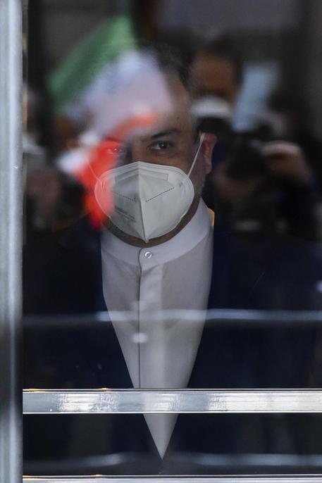 Iran, nessun accordo temporaneo raggiunto su nucleare thumbnail