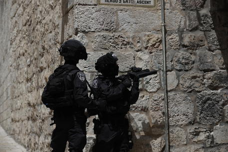 Gerusalemme: Mezzaluna Rossa, 215 i manifestanti feriti thumbnail
