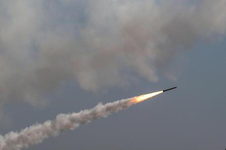 Israele, 1.600 i razzi lanciati finora da Gaza thumbnail