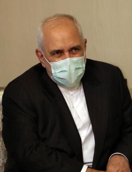 Iran: Zarif cancella visita a Vienna per bandiera Israele thumbnail