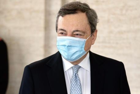 Draghi riceve a P.Chigi presidente argentino Fernandez thumbnail