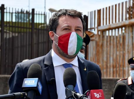 Gregoretti: Salvini, mi hanno chiamato tutti tranne Pd e M5s thumbnail